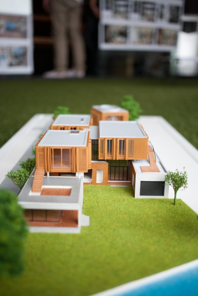 Ake-U House